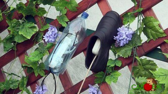 Пластиковая бутылка для защиты выключателей и розеток