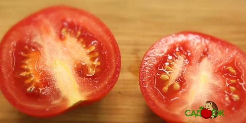 Почему о помидоров появляются белые прожилки?