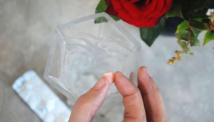 Аспирин в воду для цветов
