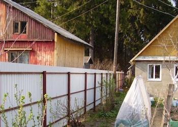 Что делать, если сосед построил дом близко с забором?